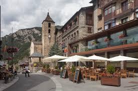 Book cheaper vehicles in Andorra.