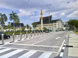 Book in advance to save on vehicles in Brunei.
